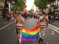 gay_pride_2011_paris